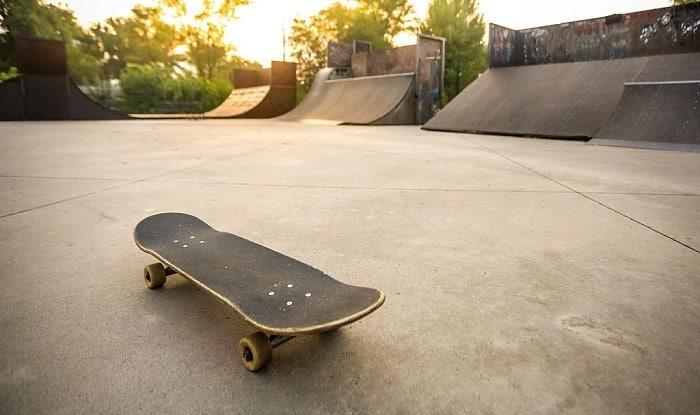 Do-you-need-grip-tape-on-a-skateboard