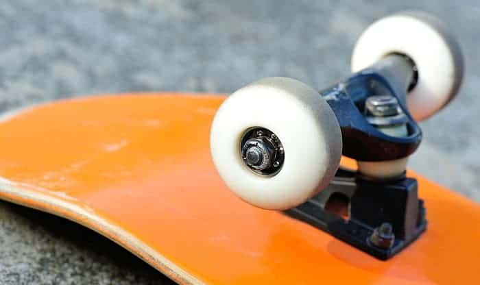 How-To-Remove-&-Install-Skateboard-Bearings