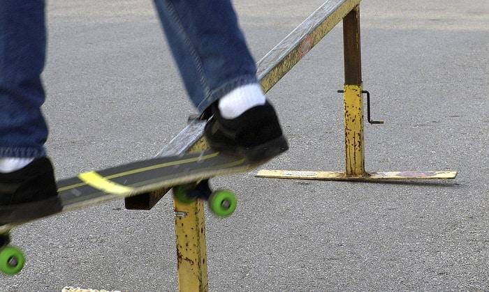 best skateboard grind rails & boxes