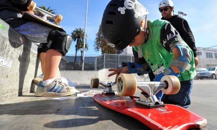 skateboarding-decals