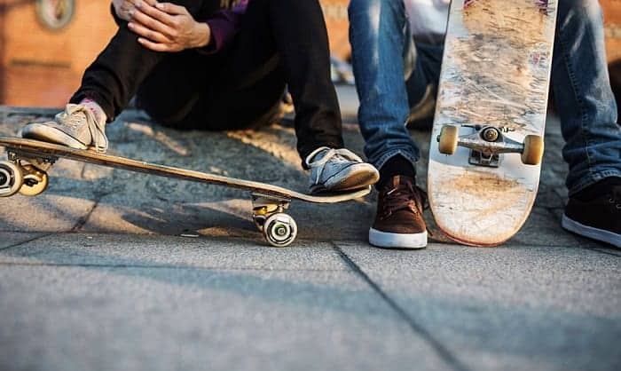 Is-skateboarding-more-popular-than-scootering