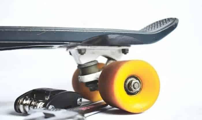 best-oil-for-skateboard-bearings