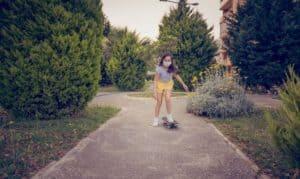 beginner skateboard for 10 year old