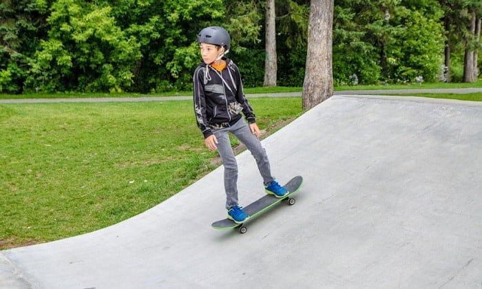 best-skateboard-for-10-year-old
