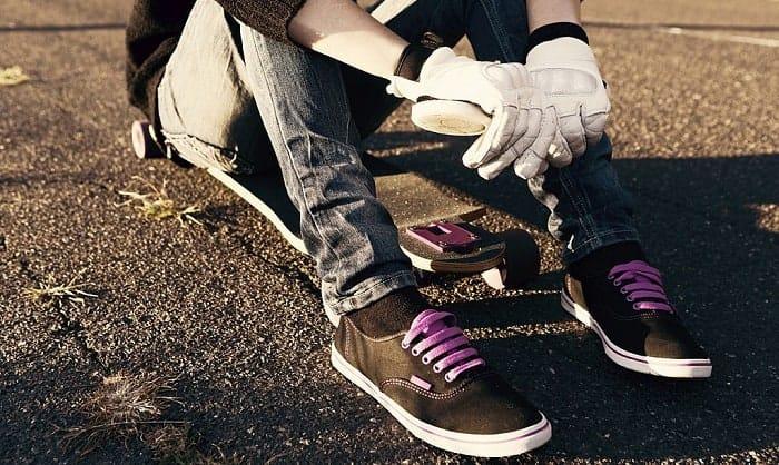 best skateboard gloves