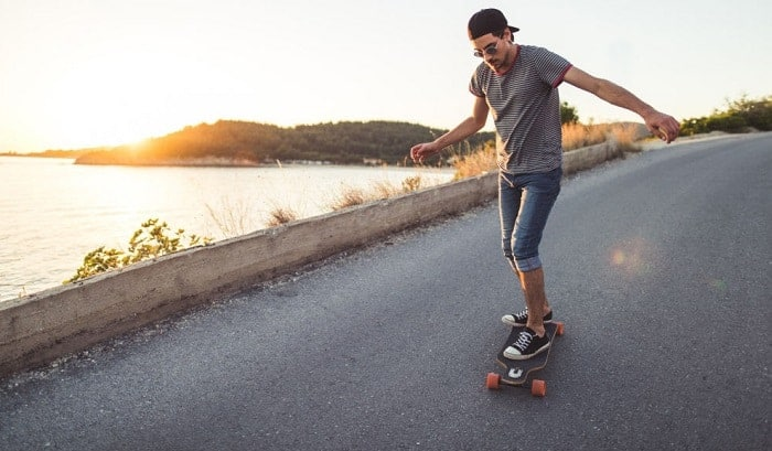 Are-longboards-easy-to-ride