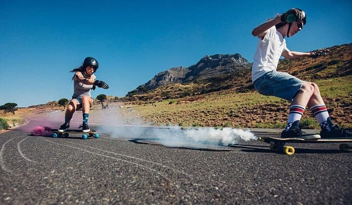 What-does-it-mean-to-carve-on-a-longboard