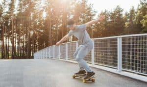 how to turn on a longboard