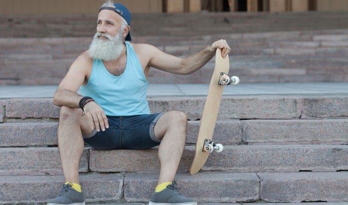 learning-to-skateboard-at-40