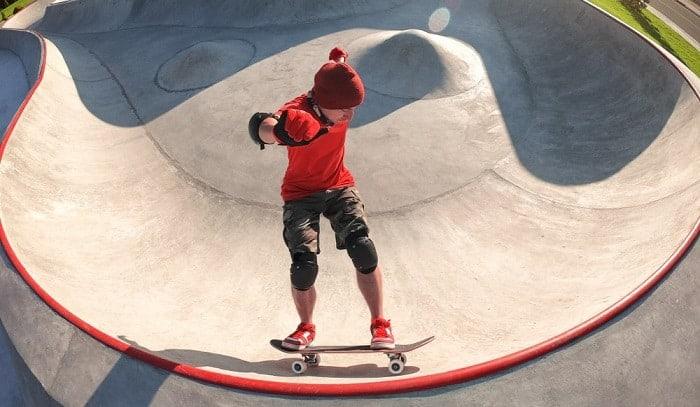 skateboard-pumping