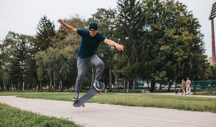 skateboards-jumps