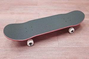 take-wheels-off-a-Skateboard