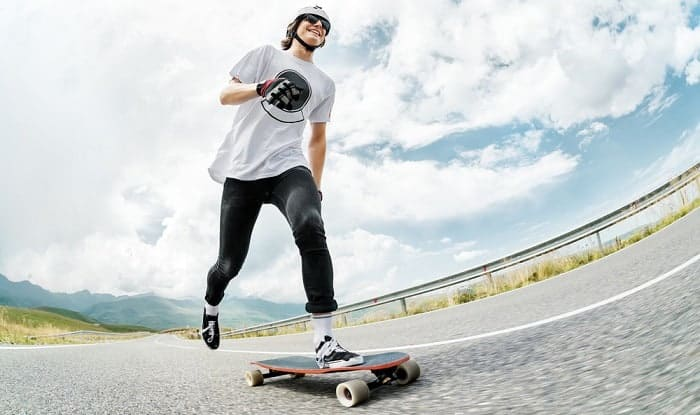 how to push on a longboard