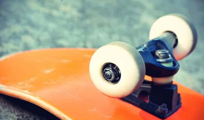 skateboard-bearing-lubricant