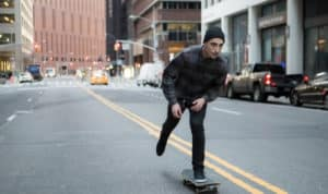 how to cruise on a skateboard