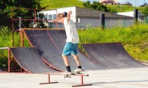 how to make a skateboard rail